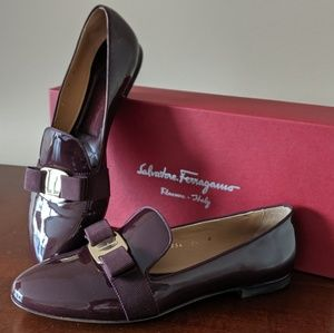 Ferragamo polished loafers